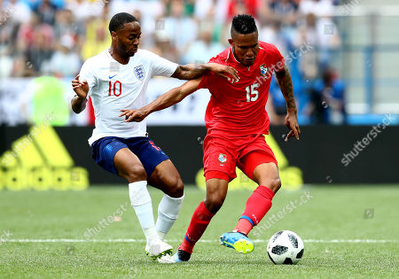 Raheem Sterling of England and Erick Davis of Panama.