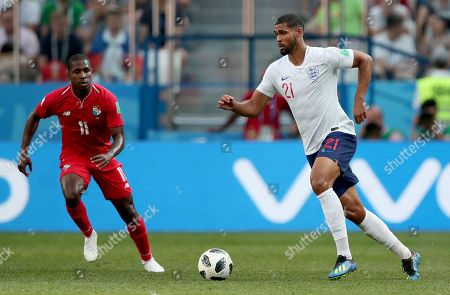 Ruben Loftus-Cheek of England and Armando Cooper of Panama