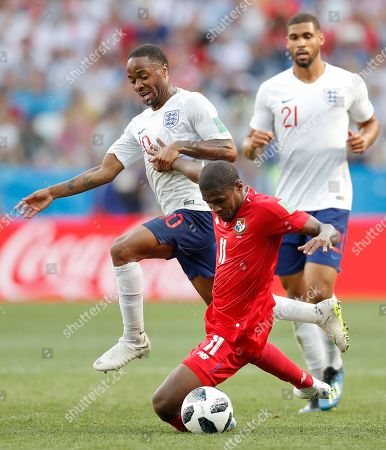 From left, England's Raheem Sterling, Panama's Armando Cooper and England's Ruben Loftus-Cheek fight for the ball during the group G match between England and Panama at the 2018 soccer World Cup at the Nizhny Novgorod Stadium in Nizhny Novgorod, Russia