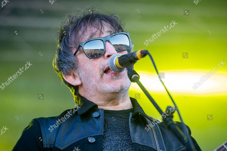 Lightning seeds Ian Broudie