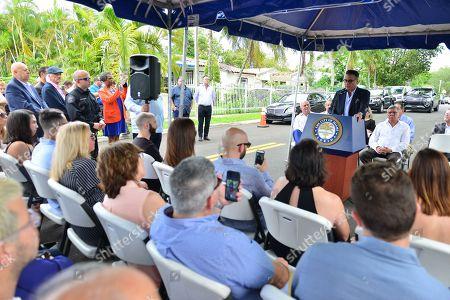 Mickey Minagorri, Commissioner Xavier Louis Suárez, Miami Mayor Francis X. Suarez, Former Mayor Manny Diaz, City of Miami Commissioner Manolo Reyes, Lily Tester, Andy Garcia and David Valoente