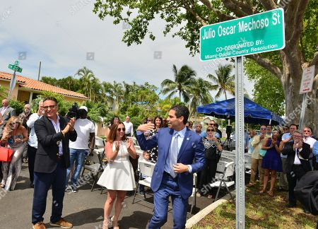 Andy Garcia, Melinda Mechoso and Miami Mayor Francis X. Suarez