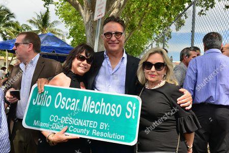 Linda Ruiz Mechoso, Andy Garcia and Lily Tester