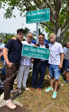 Andy Garcia (3rd from L) and son Andres Garcia, brother Rene Garcia, Nephfew Victor Garcia