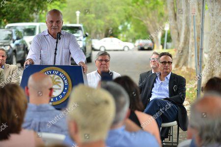 Commissioner Xavier Louis Suárez, Former Mayor Manny Diaz, Mickey Minagorri, City of Miami Commissioner Manolo Reyes, Andy Garcia and David Valoente