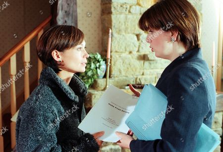 Ep 2584 Wednesday 29th September 1999 Zoe is finding it difficult coming to terms with her brother's disappearance. In desperation she decides to honour his last request - to buy Home Farm. With Zoe Tate, as played by Leah Bracknell ; Laura Johnstone, as played by Louise Beattie.