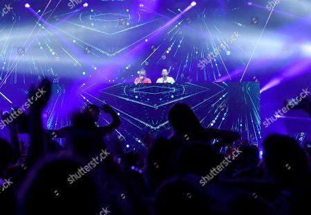 Dimitri Vegas and Like Mike DJ set