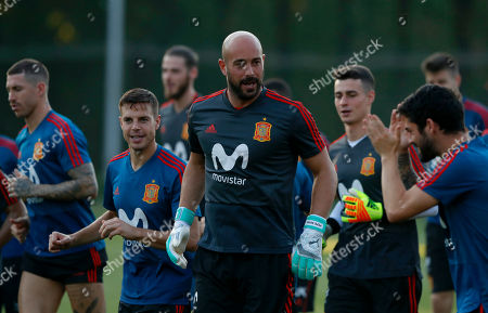 Spain's goalkeeper Pepe Reina, center, takes part during a training session of Spain at the 2018 soccer World Cup in Krasnodar, Russia