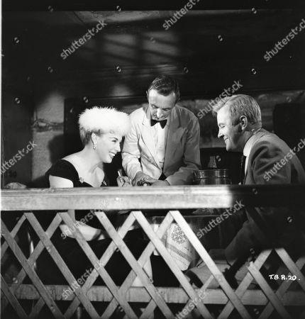 Sandra Dorne (as Della Byrne), Peter Reynolds (as Terry Milligan)