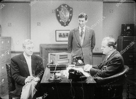 Peter Reynolds (as Terry Milligan), Robert Bruce (as Det. Sgt. Bates), Lloyd Lamble (as Det. Insp. Mason)