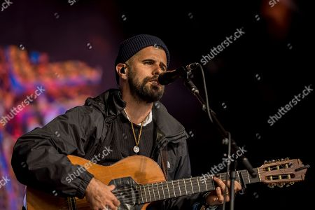 Stock Picture of Concert, Festival, Festival No 6, Gwynedd, Nick Mulvey, North Wales, Number 6, Portico Quartet, Portmeirion, UK, Wales, festivalgoers, gig, music festival, show, singer
