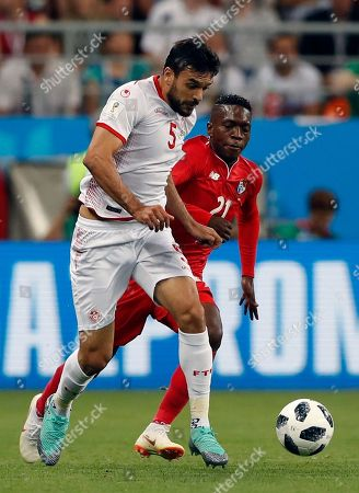 Tunisia's Oussama Haddadi, left, and Panama's Jose Luis Rodriguez challenge for the ball during the group G match between Panama and Tunisia at the 2018 soccer World Cup at the Mordovia Arena in Saransk, Russia