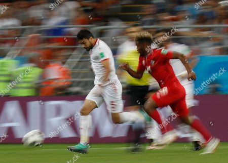 Tunisia's Oussama Haddadi, left, and Panama's Alberto Quintero compete for a ball during the group G match between Panama and Tunisia at the 2018 soccer World Cup in the Mordovia Arena in Saransk, Russia