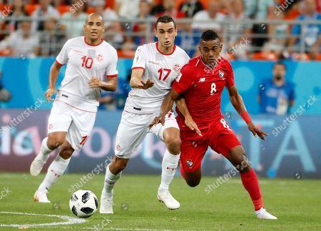 Edgar Barcenas of Panama and Ellyes Skhiri of Tunisia