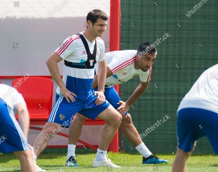 Russia players Alan Dzagoev (L) with Aleksandr Samedov (R) during a training session held in Federal Sports Centre Novogorsk, Novogorsk, Russian Federation, 29 June 2018. Russia will face Spain the Round  of 16 of the FIFA World Cup 2018 on 01 July.