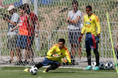 Colombia's goalkeepers Camilo Vargas (L) and Jose Cuadrad (R) attend a training session at the Sviyaga stadium, Kazan, Russian Federation, 29 June 2018. Colombia will face England in their FIFA World Cup 2018 round of 16 soccer match in Moscow on 03 July 2018.