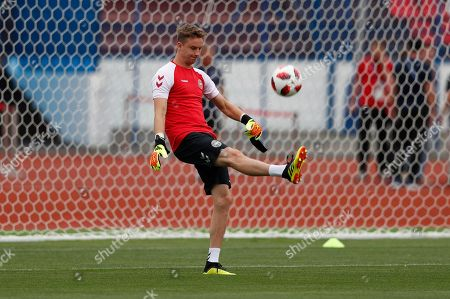 Goalkeeper Frederik Ronnow of Denmark during a training session in Nizhny Novgorod, Russia, 30 June 2018. Denmark will face Croatia in the FIFA World Cup 2018 round of 16 soccer match on 01 July.