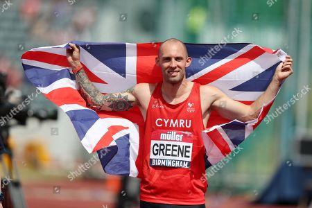 Dai Greene celebrates winning the 400m hurdle