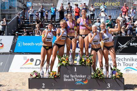 Techniker Beach Tour 2018, Nuernberg, Podium mit Kira Walkenhorst / Leonie K?rtzinger / Koertzinger, Cinja Tillmann / Teresa Mersmann, Anna Behlen / Sarah Schneider