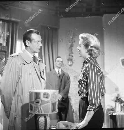 Valentine Dyall (Inspector Kayes), Brown Derby (Sergeant Roberts), Naomi Chance (Diana)