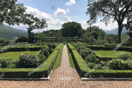 Stock Image of This photo, shows the back garden of Hildene, the summer home of Robert Todd Lincoln, son of President Abraham Lincoln, in Manchester, Vt. In its 40th year as a private museum Hildene, is working to preserve Lincoln history while attempting to modernize the experience for visitors and students