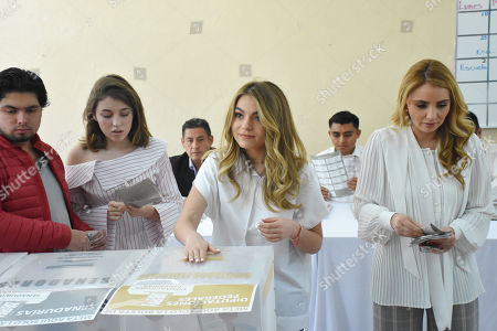 (L to R) Alejandro Pena, Regina Castro, Sofia Castro and Angelica Rivera are seen voting during Mexico's Presidential Elections on July 01, 2018 in Mexico City, Mexico