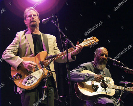 Atlanta Ga - August 1: Roger Mcguinn and Richie Havens Performs During the Wildflowers Festival at Chastain Park Amphitheatre in Atlanta Georgia On August 1 2001