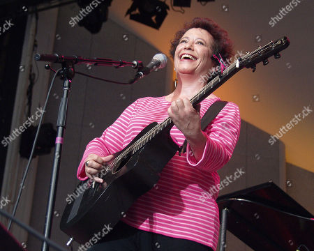 Atlanta Ga - August 1: Janis Ian Performs at the Wildflowers Festival at Chastain Park Amphitheatre in Atlanta Georgia On August 1 2001