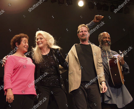 Atlanta Ga - August 1: Janis Ian Judy Collins Roger Mcguinn and Richie Havens Take a Bow During the Wildflowers Festival at Chastain Park Amphitheatre in Atlanta Georgia On August 1 2001