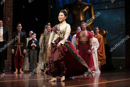 Naoko Mori (Lady Thiang) during the curtain call