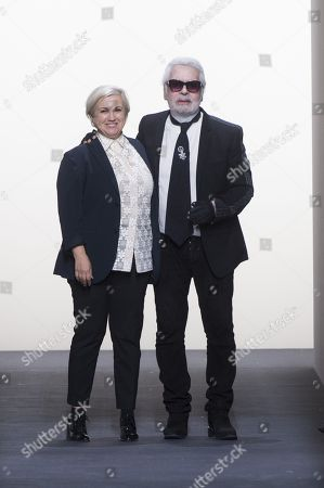 Silvia Venturini Fendi and Karl Lagerfeld the catwalk