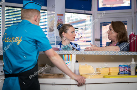 Stock Photo of Ep 9513 Friday 20th July 2018 - 2nd Ep Cathy Matthews, as played by Melanie Hill, and Chesney, as played by Sam Aston, warn Gemma, as played by Dolly-Rose Campbell, that Henry Winter is not to be trusted.