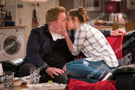 Ep 9504 Wednesday 9 July 2018 - 2nd Ep As Kayla, as played by Mollie Winnard, inwardly seethes hearing talk in the pub of Neil's unsuccessful appeal she asks Craig Tinker, as played by Colson Smith, if they can go back to the flat. She tells Craig she loves him.