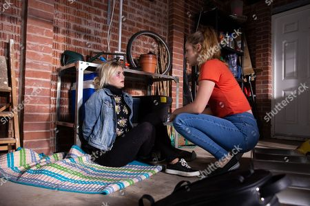 Ep 9516 Wednesday 25th July 2018 - 1st Ep Leaving a terrified Bethany Platt, as played by Lucy Fallon, bound and gagged in the house Kayla, as played by Mollie Winnard, returns to the hospital to see Craig.