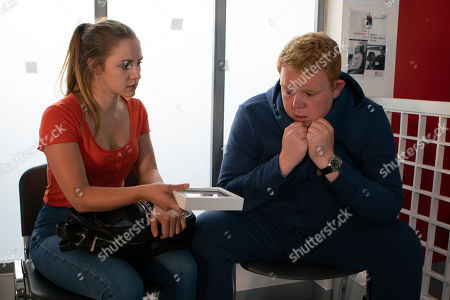 Ep 9516 Wednesday 25th July 2018 - 1st Ep Leaving a terrified Bethany bound and gagged in the house Kayla, as played by Mollie Winnard, returns to the hospital to see Craig Tinker, as played by Colson Smith, and tries to convince him that Bethany is a liar and cheated on Nathan with other men by choice. When Craig objects she produces a photo of Neil and tells him he's her dad. Craig tells her Neil is guilty of grooming.