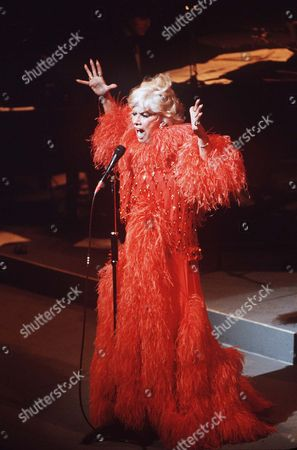 Editorial picture of DOROTHY SQUIRES - HER LAST PERFORMANCE AT THE THEATRE ROYAL, DRURY LANE