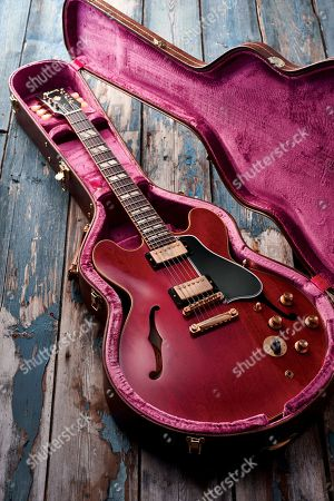 A Gibson Freddie King 1960 Es-345 Electric Guitar With A Sixties Cherry Finish