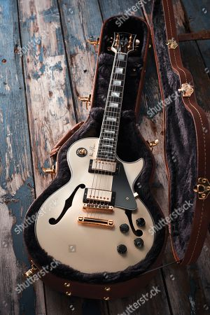 A Gibson Alex Lifeson Es-les Paul Electric Guitar With A Classic White Finish