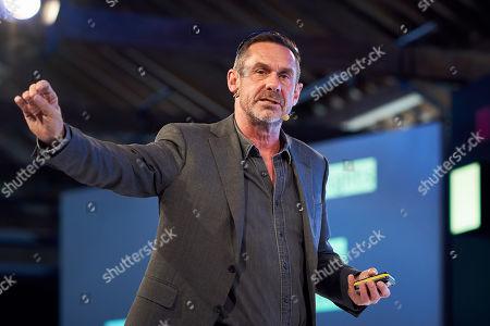 Paul Mason discusses 'Resisting machine control' at Futurefest, Tobacco Dock, London.