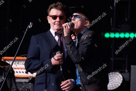 Alabama 3 - Jake Black a.k.a. The Very Reverend Dr. D. Wayne Love, Rob Spragg a.k.a. Larry Love