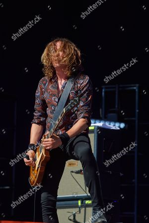 The Darkness - Dan Hawkins