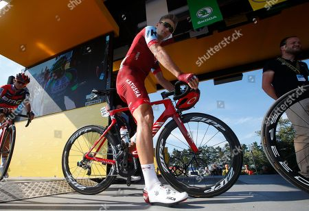 Team Katusha Alpecin rider Marcel Kittel of Germany arrives for the start of 1st stage of the 105th edition of the Tour de France cycling race in Noimoutier-en-l'Ile, France, 07 July 2018.