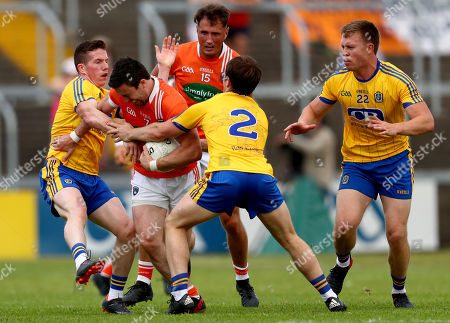 Roscommon vs Armagh. Roscommon's Sean Mc Dermott, David Murray and Niall Daly tackle Aidan Forker and Stephen Sheridan of Armagh
