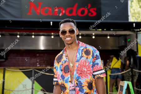 Joivan Wade refuelled backstage with a #NandosRider of Peri-Peri chicken