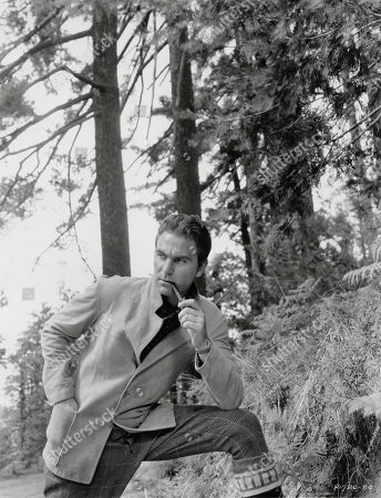 Actor Henry Wilcoxon, Publicity Portrait Smoking Pipe, Paramount Pictures, 1934