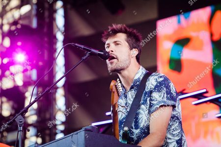 Stock Picture of Oh Wonder - Anthony West