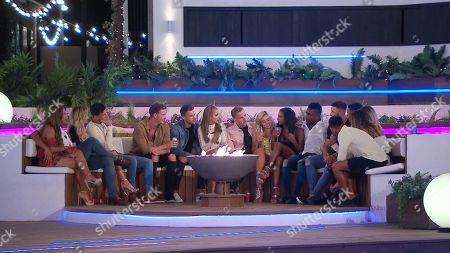 Dani Dyer, Jack Fincham, Laura Anderson, Jack Fowler, Alex George, Sam Bird, Georgia Steel, Charlie Brake, Ellie Brown, Samira Mighty, Idris Virgo, Kieran Nicholls, Wes Nelson, Megan Barton Hanson, Kazimir Crossley and Josh Denzel get to know Kieran Nicholls and Idris Virgo