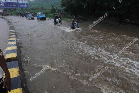 NonStop Rain Mumbai Stock Photos (Exclusive) | Shutterstock