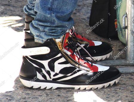 Thomas Quinn Jones, shoe detail