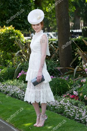Poldark Actress Eleanor Tomlinson On The Second Day Of Royal Ascot Enjoying Record Breaking Sunshine. 21.6.2017 Reporter Josh White And Laura Lambert.